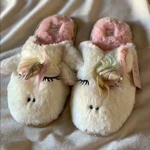 Chinese laundry unicorn slippers